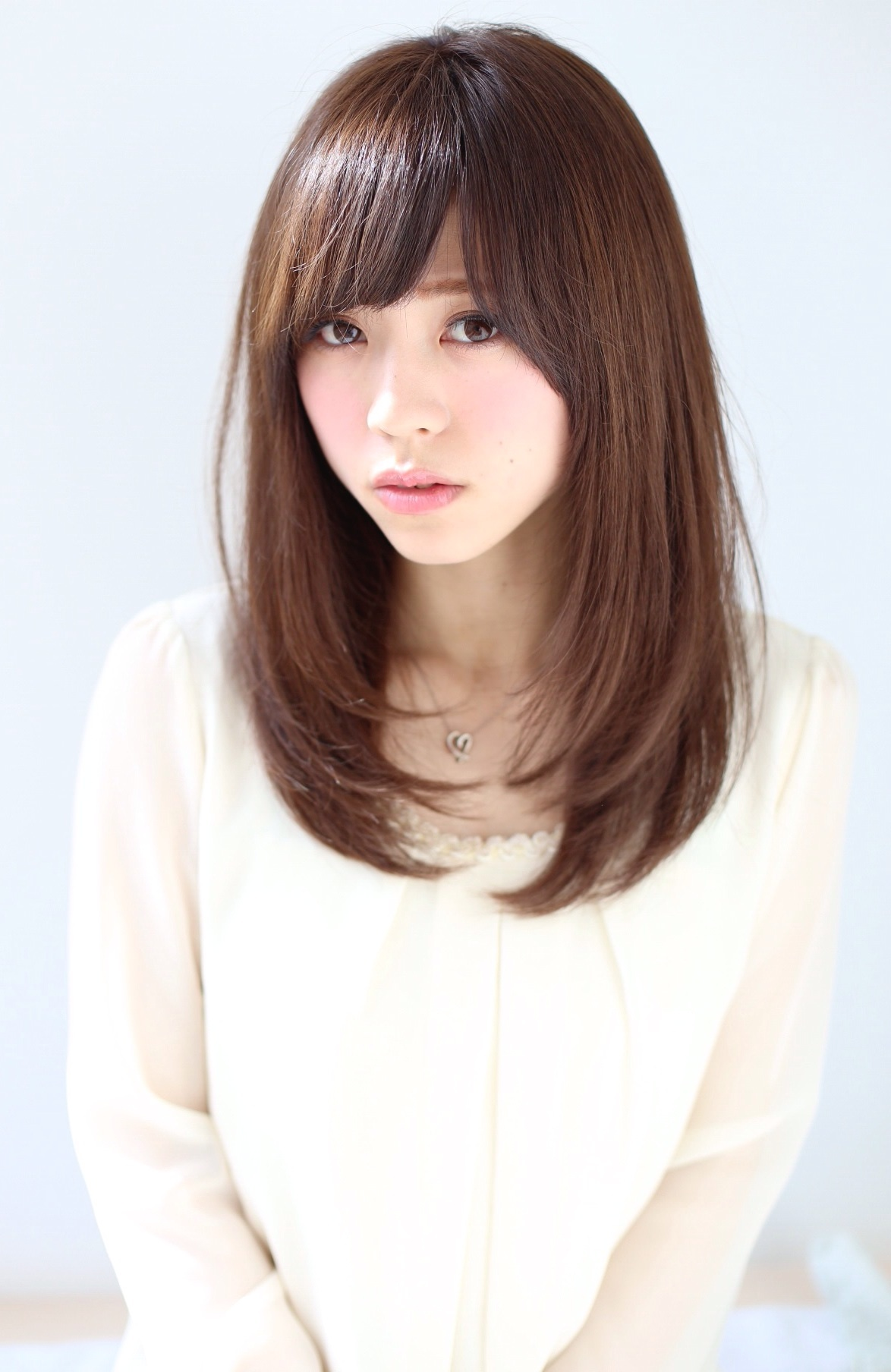Shoulder length wavy hairstyles asian